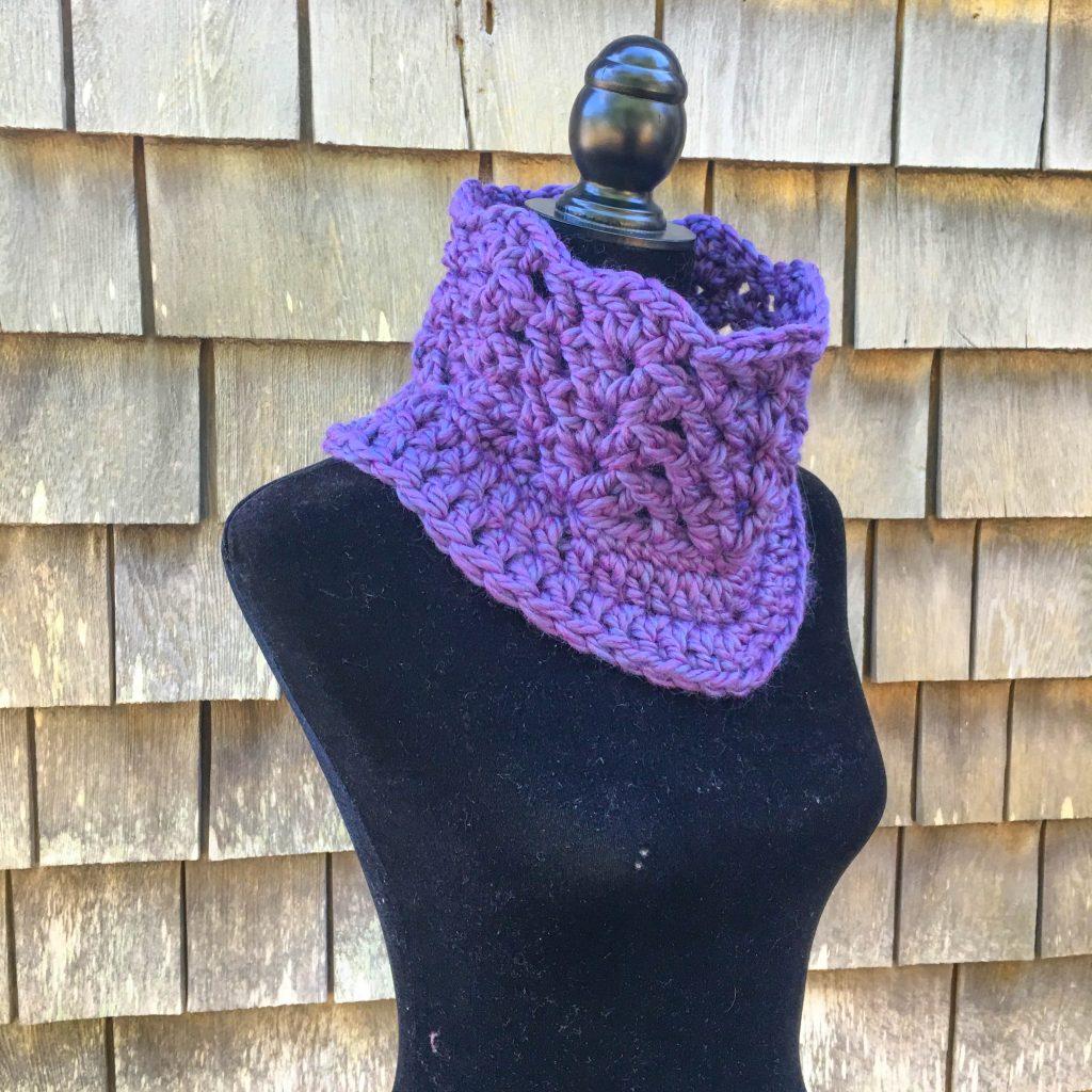 Free Crochet Pattern - Autumn Lace Cowl & Mitt Set
