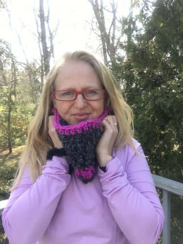 pink gray cowl pattern