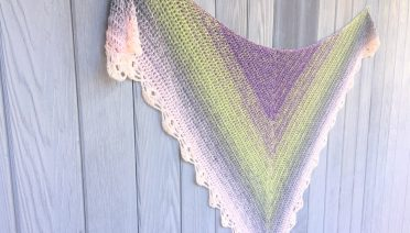 pretty little thing crochet shawl pattern
